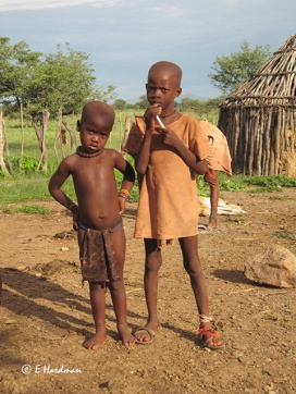 Himba-village_02